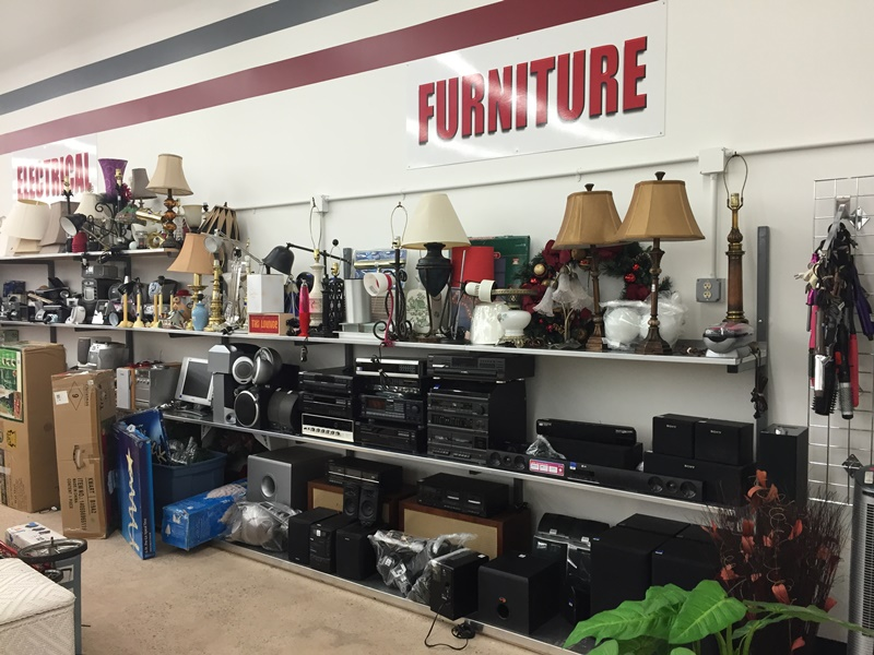 Merveilleux Furniture For Sale In Thrift Store In Dc