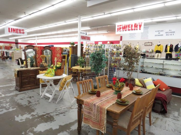 dining furniture at denver thrift store