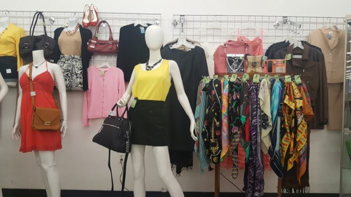 fashion for sale at thrift store in lake worth
