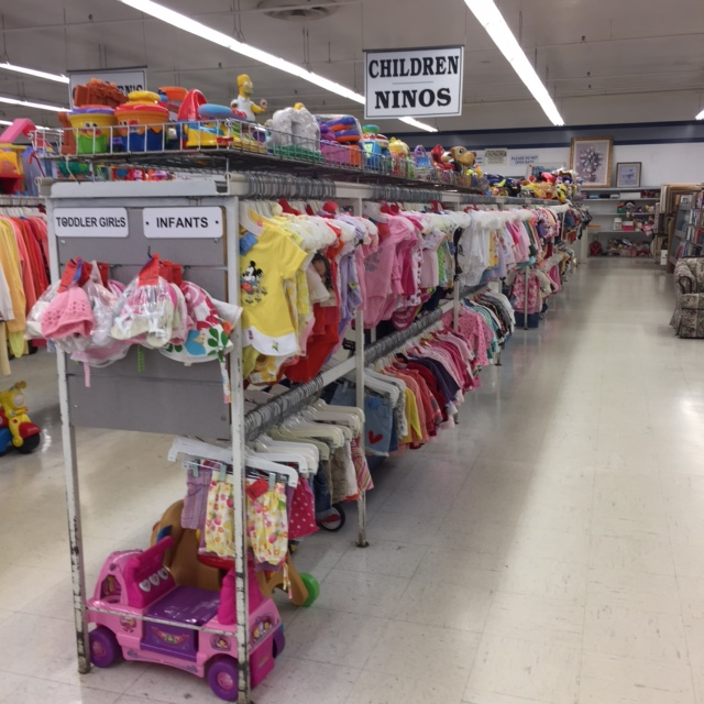 children's clothing for sale at thrift store in trenton